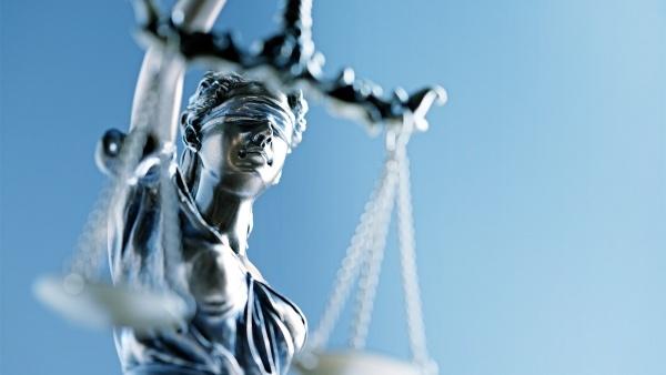 Rechtsschutzversicherung - Justizia